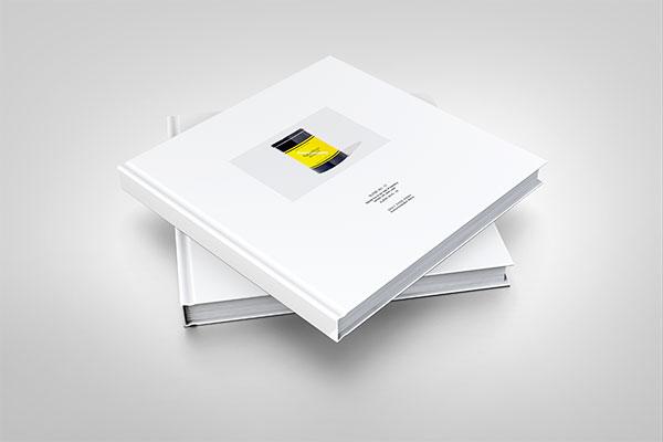 Concise album mockup PSD